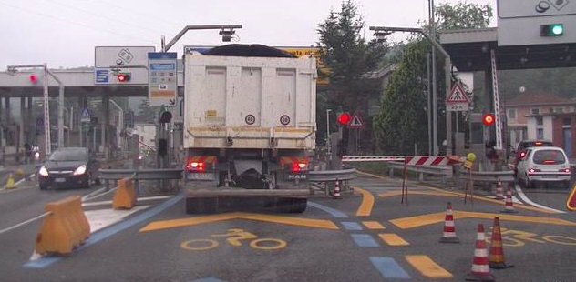 Le corsie telepass attualmente sono condivise con gli altri veicoli