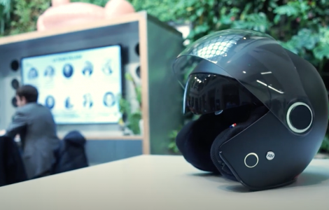 kosmos smart helmet